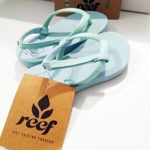 Reef ~ Girl's Teal FlipFlop Sandals Sz 5/6 ~ NWT
